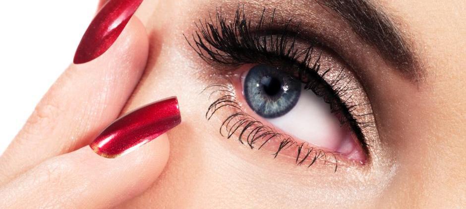 Meister Kosmetik: effiziente Cellulite-Behandlung. Permanent Make-Up oder einfach nur verwöhnen lassen.